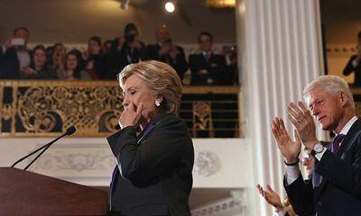 Hillary Clinton xúc động thừa nhận thất bại