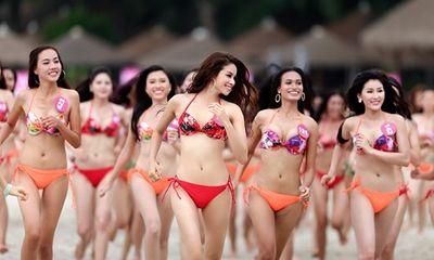 Quy định cấm người mẫu, hoa hậu chụp ảnh khỏa thân trên mạng xã hội được bãi bỏ