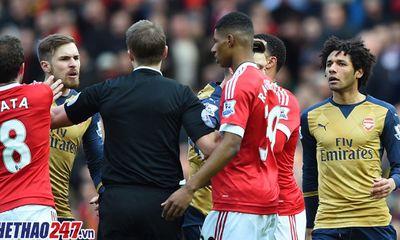M.U – Arsenal: Nhìn lại những trận thư hùng tại Old Trafford