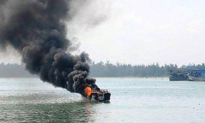Tìm kiếm ngư dân mất tích trong vụ nổ bình ga trên tàu