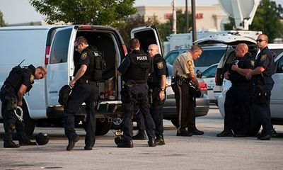 Livestream cảnh sát rượt đuổi như phim hành động ở Mỹ