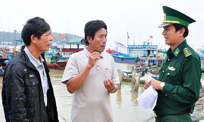 Huy động thợ lặn tìm kiếm 4 ngư dân mất tích trên vùng biển Quảng Ngãi