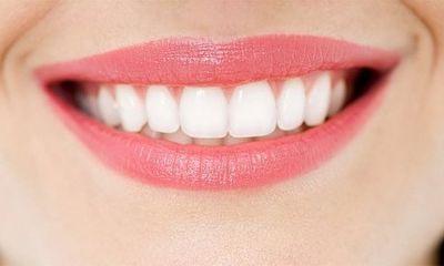 Cách lấy cao răng bằng dấm đơn giản, cực kì nhanh chóng