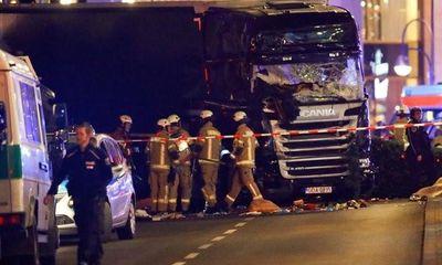 Xe tải đâm chết 9 người ở chợ giáng sinh Đức, IS nhận trách nhiệm