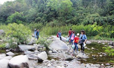 Học cách 'sinh tồn' ở hòn đảo 'ba không' cách trung tâm Hà Nội hơn 50km