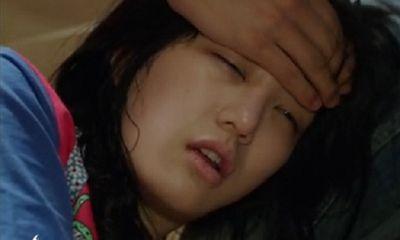 Nỗi đau lúc 11h đêm khi vợ ở cữ bật bình nóng lạnh tắm, chồng keo kiệt tắt đi