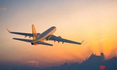 Máy bay chở 168 người phải hạ cánh khẩn cấp vì đe dọa nổ máy bay