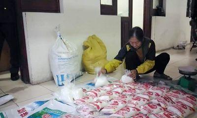 Hà Nội: Thu giữ hàng chục gói mì chính giả trên đường tiêu thụ