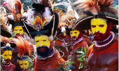 Rợn người với 10 nghi thức trưởng thành đáng sợ của thổ dân trên thế giới