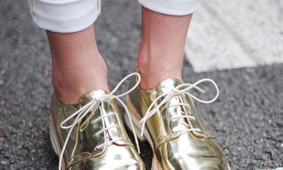 Bật mí cách thắt dây giày nhanh cho bạn trẻ phong cách