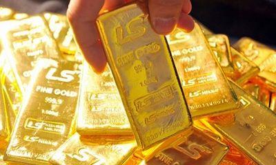 Giá vàng hôm nay 20/1: Vàng lao dốc trước khi Trump nhậm chức
