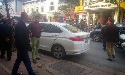 Hà Nội: Xế hộp gây tai nạn liên hoàn ngày mùng 6 Tết, nhiều người nhập viện