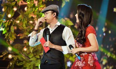 Hồ Việt Trung nước mắt giàn giụa trên sân khấu Hãy Nghe Tôi Hát