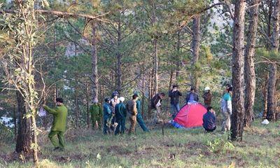 Đi chăn bò, phát hiện thi thể phượt thủ nằm co quắp trong lều