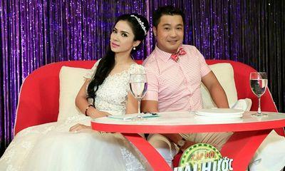 Cặp đôi hài hước: Lộ ảnh Việt Trinh – Lý Hùng mặc đồ cô dâu chú rể