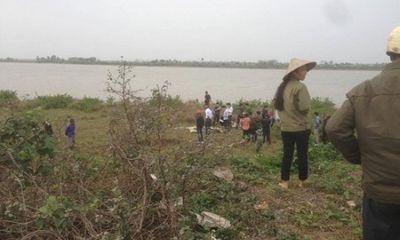Phát hiện thi thể phụ nữ đang phân hủy nổi trên sông ở Nam Định