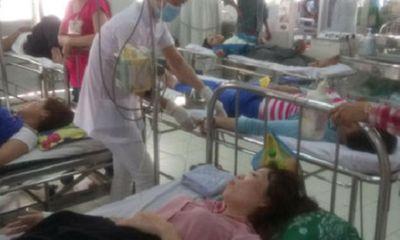 Hơn 70 công nhân nhập viện nghi ngộ độc thực phẩm ở Tiền Giang