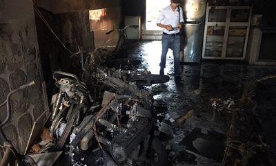 Nam thanh niên phóng hỏa đốt nhà rồi uống thuốc sâu tự tử