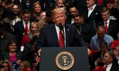 Donald Trump nổi giận vì sắc lệnh cấm nhập cư mới lại bị chặn ngay phút chót