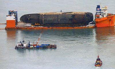 Tìm thấy di hài nghi của nạn nhân vụ chìm phà Sewol thảm khốc