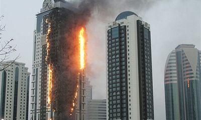 Xử lý như thế nào khi mắc kẹt trong một đám cháy ở tòa cao ốc?