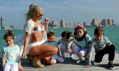 Bà mẹ 5 con giữ dáng đẹp như hotgirl