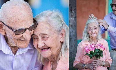 Ngắm bộ ảnh đẹp về tình yêu của cặp ông cụ bà lão