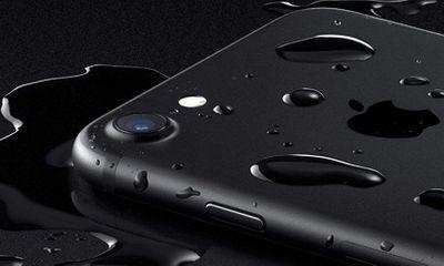 Cận cảnh smartphone 2 triệu giống hệt iPhone 7
