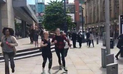 Lại nổ lớn ở Manchester, hàng trăm người sơ tán