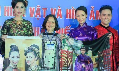 Sương Đặng, Việt Trinh trao kỷ vật cho Bảo tàng phụ nữ Nam Bộ
