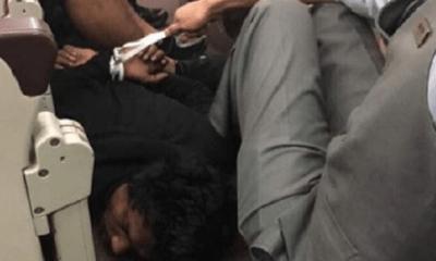 Máy bay Malaysia Airlines hạ cánh khẩn cấp vì hành khách định xông vào buồng lái