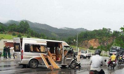 Vụ xe Limousine đối đầu ôtô 7 chỗ: Một Việt kiều Mỹ tử vong