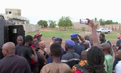 Xả súng tại khu nghỉ dưỡng ở Mali, bắt giữ 36 con tin, 2 người thiệt mạng