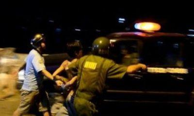 Cảnh sát nổ súng bắt tài xế taxi có lệnh truy nã toàn quốc