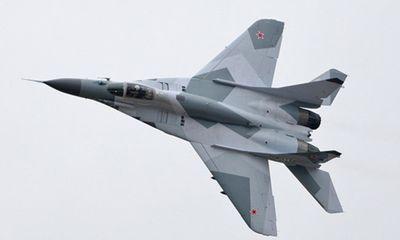 Chiến đấu cơ MiG-29 bốc cháy đùng đùng, phi công thoát hiểm trong gang tấc
