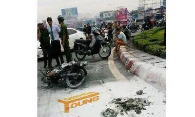 Người đàn ông đốt xe máy, đổ xăng đòi tự thiêu