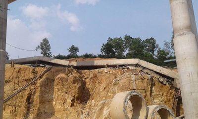 Tạm dừng thi công đường cao tốc Hạ Long - Vân Đồn vì dầm cầu bị sập