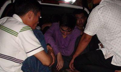 Hơn 20 thanh niên mang dao từ Sài Gòn xuống Biên Hòa đòi nợ