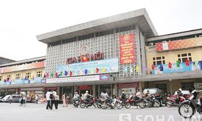 Đề xuất di dời ga Hà Nội: Ai dám đảm bảo không còn cảnh ách tắc?