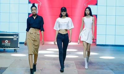 Hậu trường đêm chung kết Vietnam's Next Top Model All Stars 2017 trước giờ G