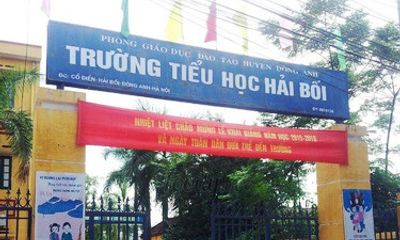 Hà Nội: Bị tố lạm thu, trường tiểu học trả lại tiền mua máy chiếu, điều hòa