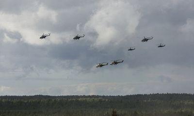 Hé lộ video trực thăng Nga bắn rocket trúng người xem tập trận