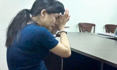 Nước mắt muộn màng của người mẹ ép con gái uống thuốc trừ sâu