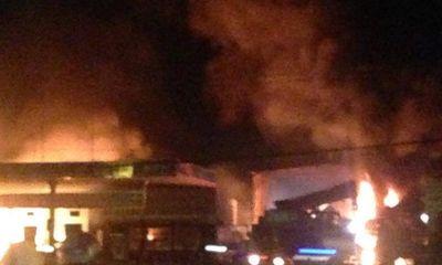 Cháy lớn gần cây xăng ở Vũng Tàu, 6 người bị bỏng