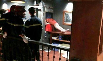 Kẹt đầu trong thang máy vận chuyển thức ăn, nam thanh niên tử vong