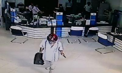 Công bố hình ảnh tên cướp ngân hàng ở Vĩnh Long