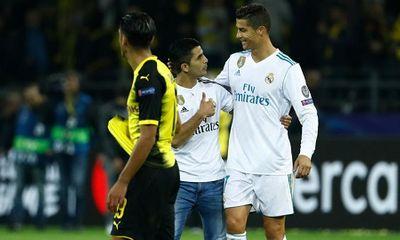 Ronaldo tỏa sáng lập cú đúp, Real đè bẹp Dortmund