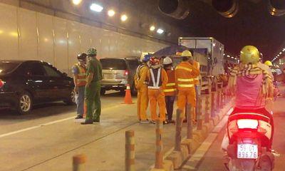 Tai nạn giao thông nghiêm trọng trong hầm vượt sông Sài Gòn