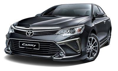 Mới đầu tháng 10, Toyota Camry giảm sốc 120 triệu đồng