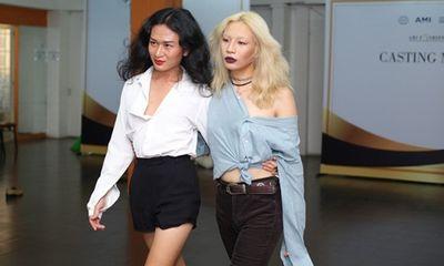 Người mẫu unisex gây choáng tại buổi casting